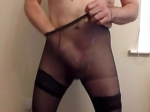 Cumming in her pantyhose xxx